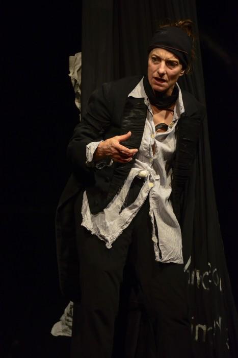 Isabel Karajan –Schauspielerin Fräulein Tod trifft Herrn Schostakowitsch, Schauspielerin: Isabel Karajan, Szenische Einrichtung: Klaus Ortner, Foto: Matthias Creutziger