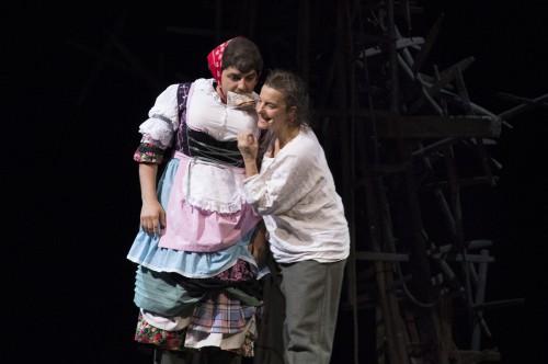 Isabel Karajan –Schauspielerin Stillhang   Oper von Christian Spitzenstaetter Libretto von Klaus Ortner. Schauspielerin: Isabel Karajan, Singer: Sascha Zarrabi